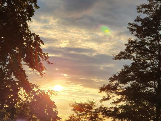 Naturblick Sonne u. Wolken