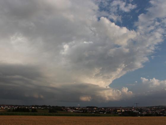 Gewitterwolken über Ehingen